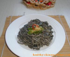 Cold Noodle Dish in Sesame Paste Sauce