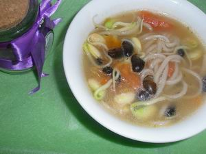 bean sprout noodle soup recipe picture