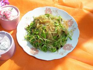 Stir Fried Black Bean Sprout with Vermicelli Recipe